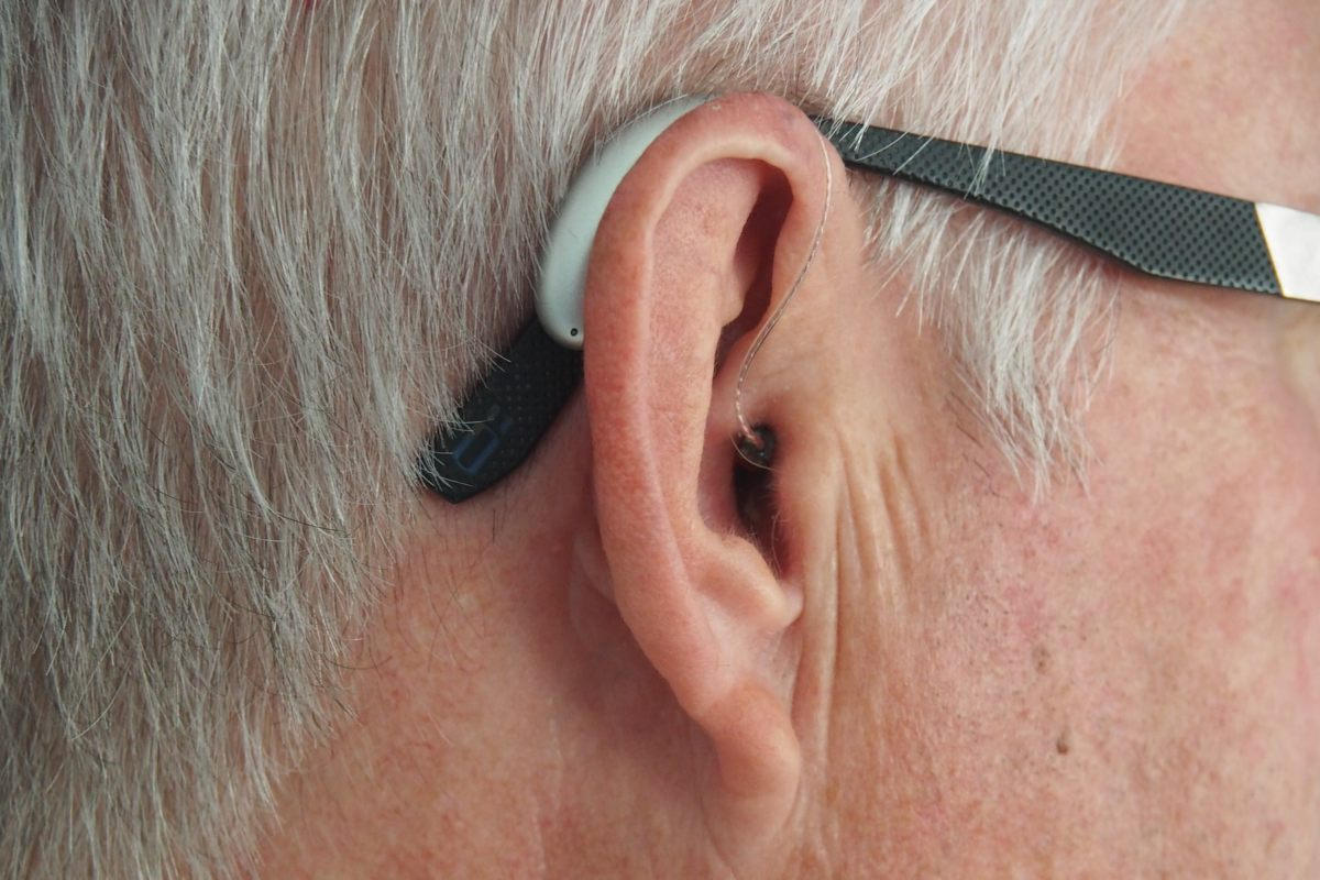 How To Cope With Older Parents Who Have Hearing Loss