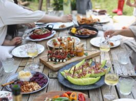 How To Plan A Party At Home During COVID-19